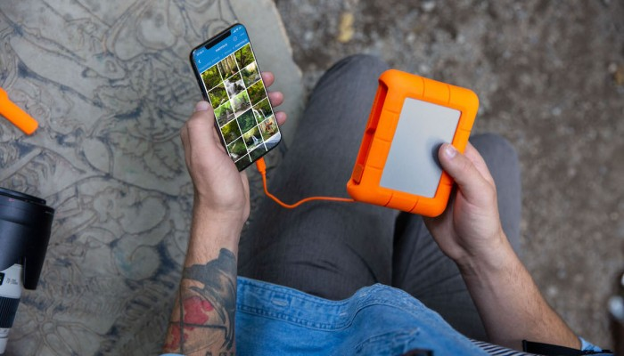 LaCie-Rugged-BOSS-SSD-iPhone-App-Lo-Res-1.jpg