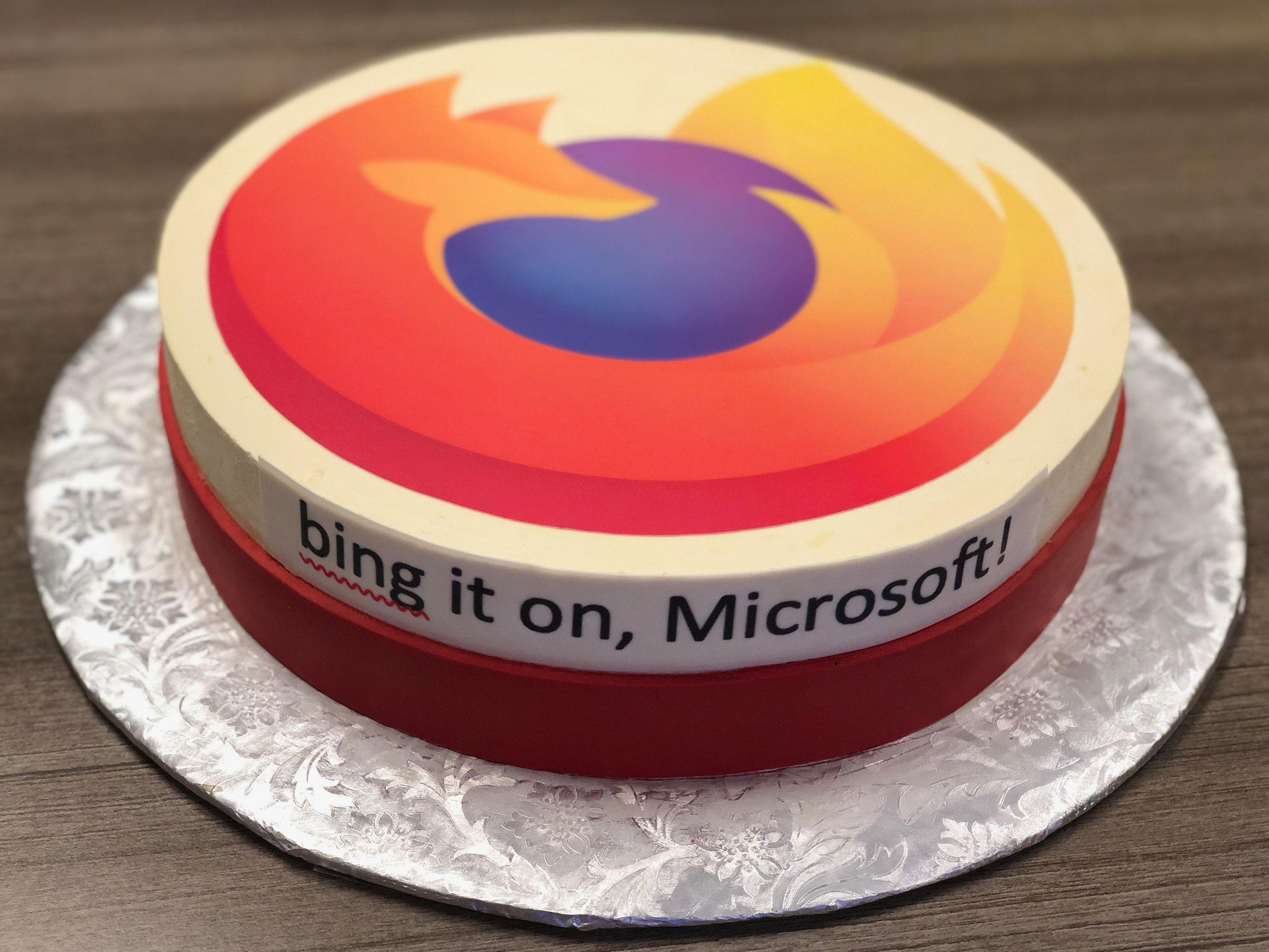 google-mozilla-send-microsoft-cakes-for-launching-new-edge-browser-528955-3.jpg
